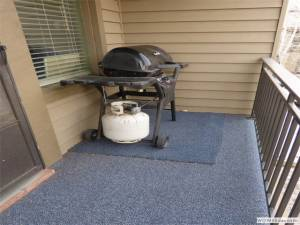 Outside Deck with Grill